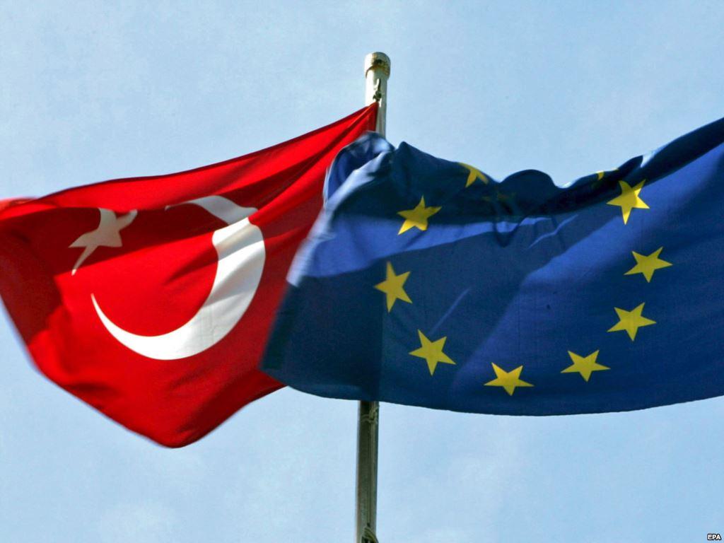 Вице-канцлер ФРГ: У Турции нет шансов вступить в Евросоюз в ближайшие 20...