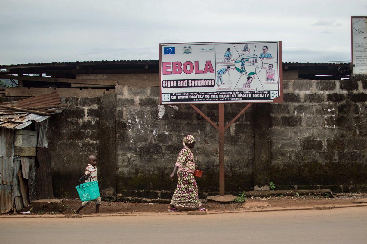 Вирус Эбола распространяется на новые территории, несмотря на усилия ВОЗ