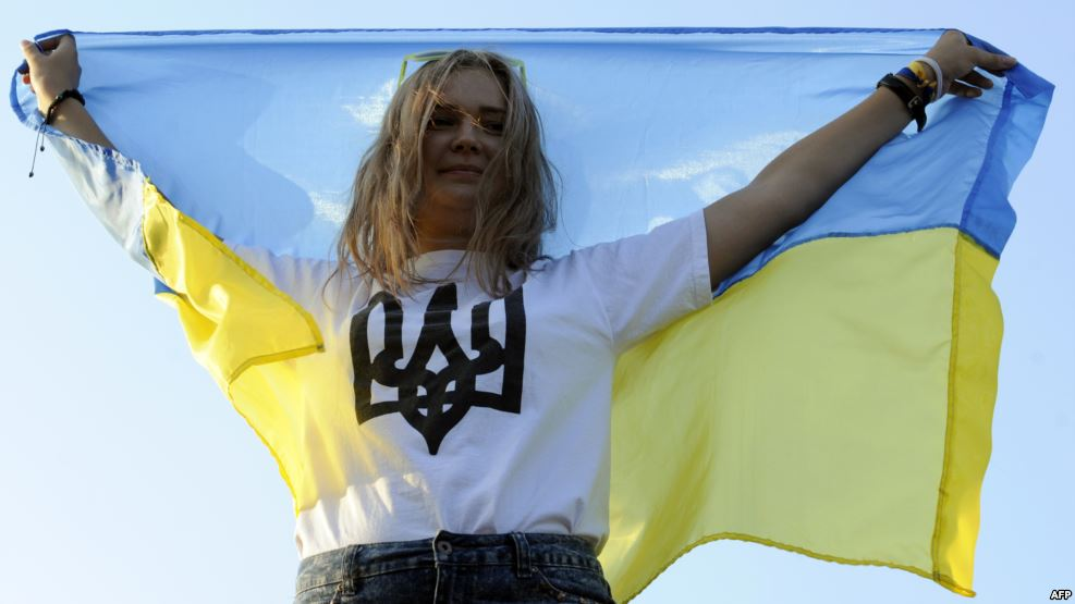 Большинство украинцев гордятся своим гражданством
