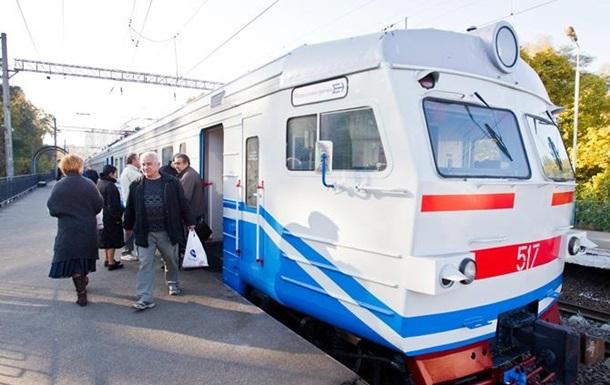 Укрзализныця назначила к Пасхе 10 дополнительных электричек