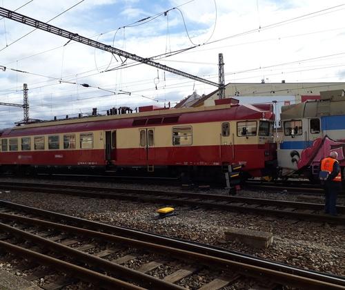 В Чехии опять столкнулись поезда, есть раненные