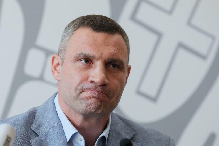 """Суд отклонил иск братьев Кличко к каналу """"1+1"""""""