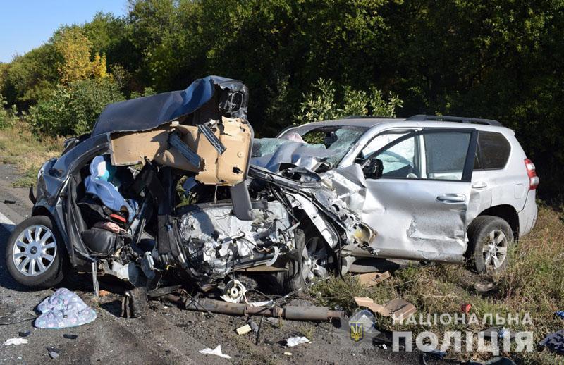 Возле Славянска в ДТП погибла семья с 6-летним ребенком