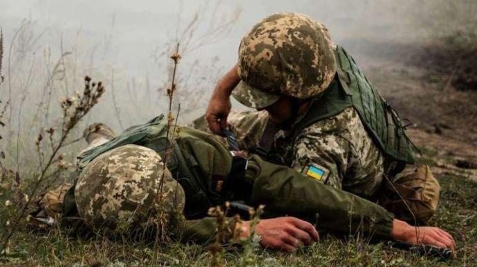 Убийство медика в зоне ООС имеет признаки военного преступления, – МИД У...