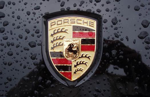 Magna хочет получить с Porsche 600 млн. долл за разрыв контракта
