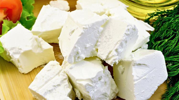 """Сыр фета в Украине могут переименовать в """"набел"""""""