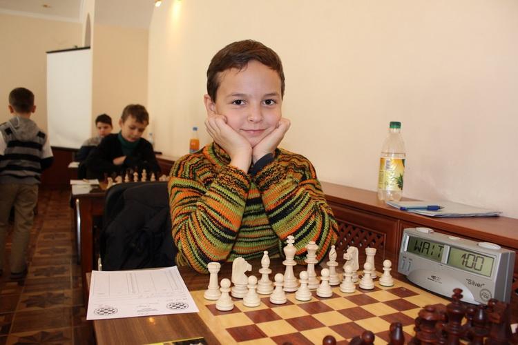 Юный шахматист из Краматорска завоевал золотую и бронзовую медали чемпио...