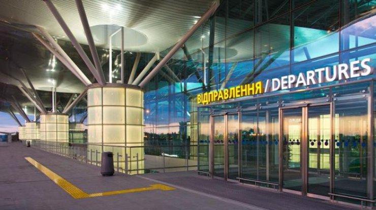 Пассажиры рейса в Казахстан застряли в Борисполе из-за неисправных тормо...