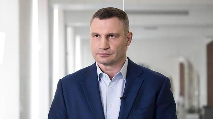 За сутки в Киеве заболели коронавирусом 102 человека, один скончался,  –...