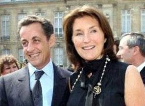 Жену Саркози заподозрили в разбазаривании казны