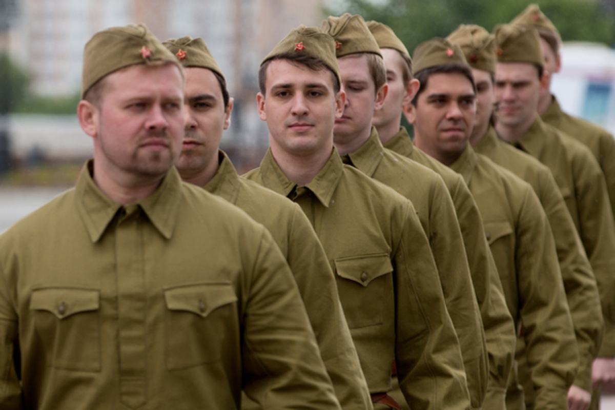 В Латвии запретили надевать советскую форму на публичных мероприятиях