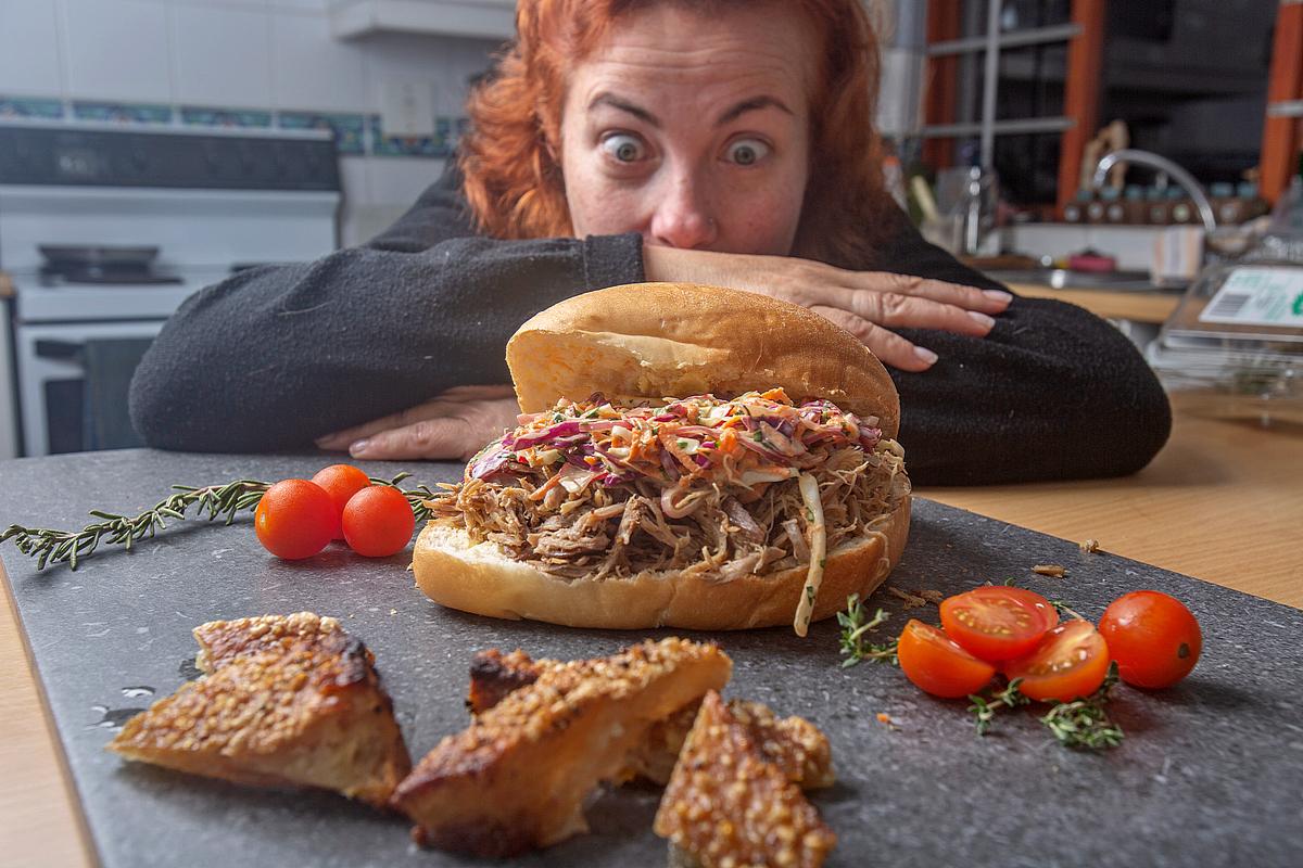 Отключить сознание. Почему на карантине сэндвичи и жареная картошка выте...