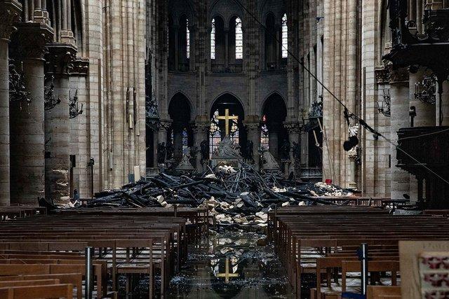 Собору Парижской Богоматери предрекли разрушение от ливня