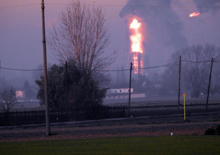 В Италии произошел взрыв на нефтеперерабатывающем заводе