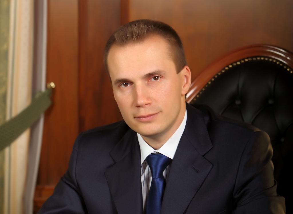 Суд снял арест с 300 млн гривен Александра Януковича