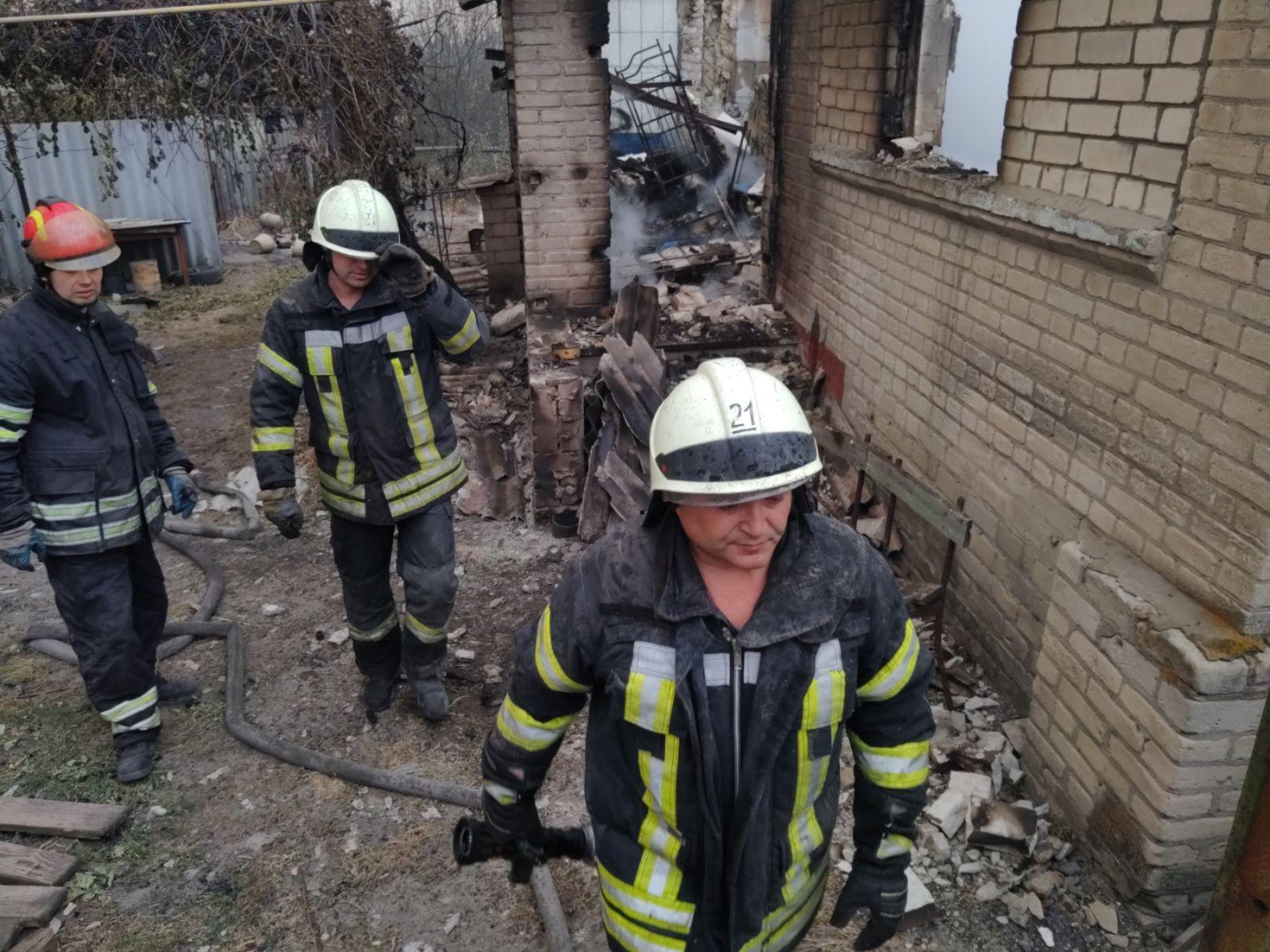 Пожары на Луганщине локализированы, пострадали до 400 домов, – Шмыгаль