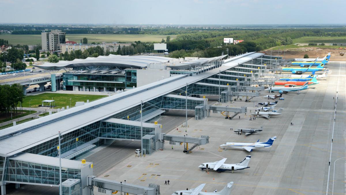 """Минус 500 тысяч: """"Борисполь"""" в этом году ожидает сокращение пассажиропот..."""