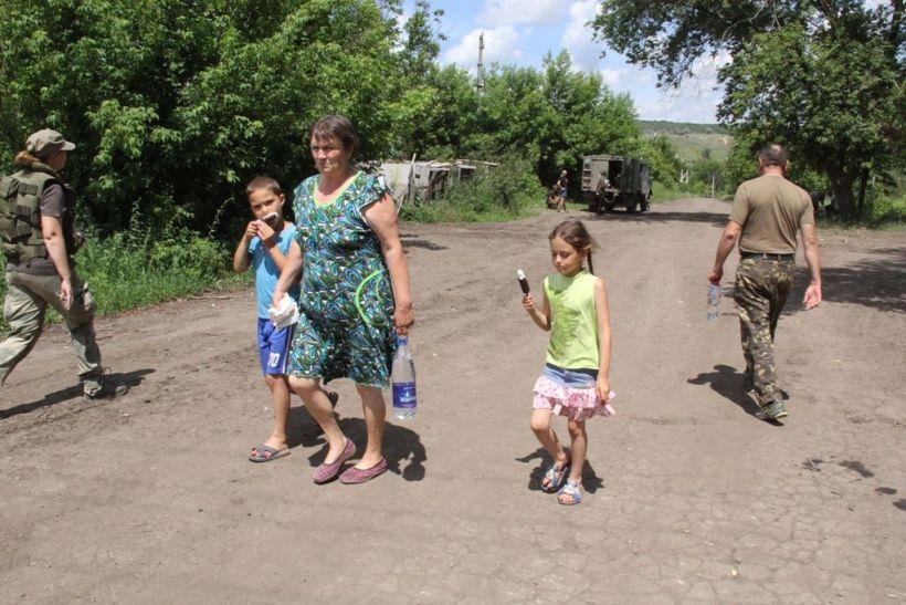 Боевики собираются отдавать детей-сирот Донбасса для усыновления в Росси...