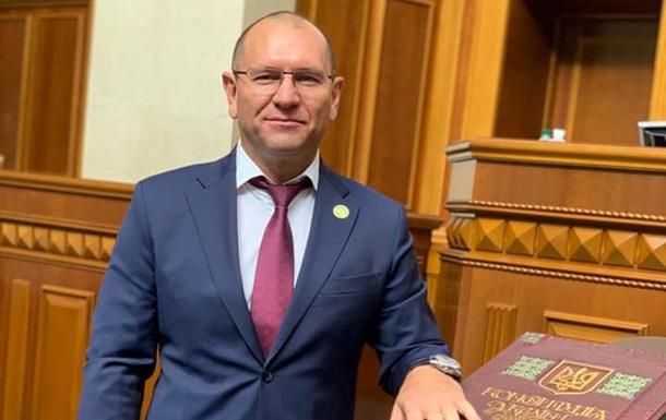 """Нарвался на критику: Нардеп от """"Слуги народа"""" поздравил Лукашенко с побе..."""