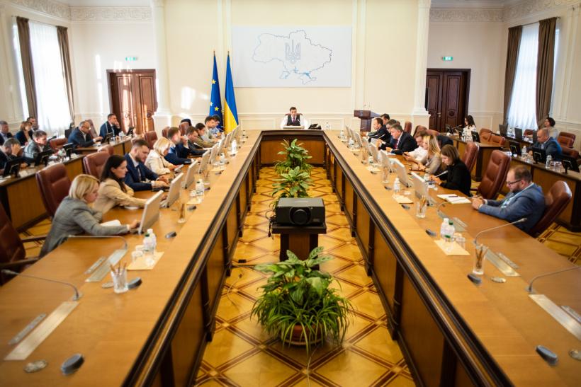 Кабмин назначил новых заместителей министров