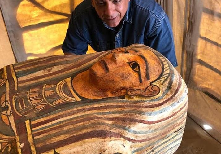 Похоронили 2500 лет назад: в египетской пустыне найдены 27 деревянных са...