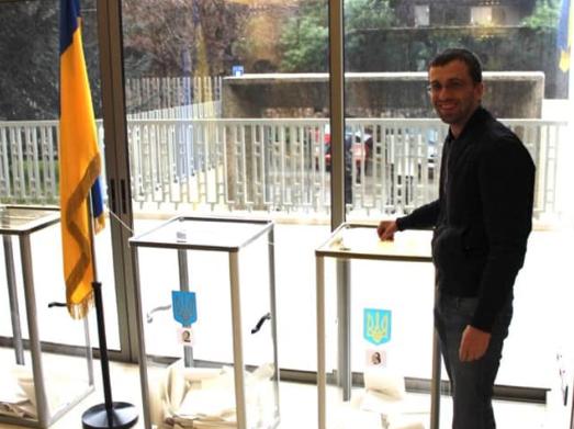 В результате взрыва в Бейруте погиб украинец
