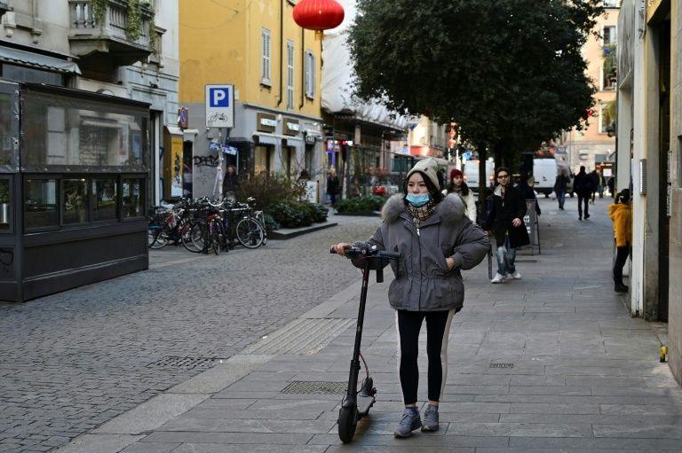 Расизм или предосторожность: в мире отказывают в обслуживании китайцам