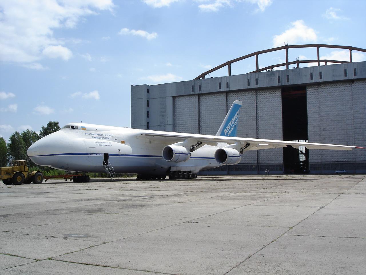 Россия решила отказаться от украинского обслуживания самолетов Ан-124