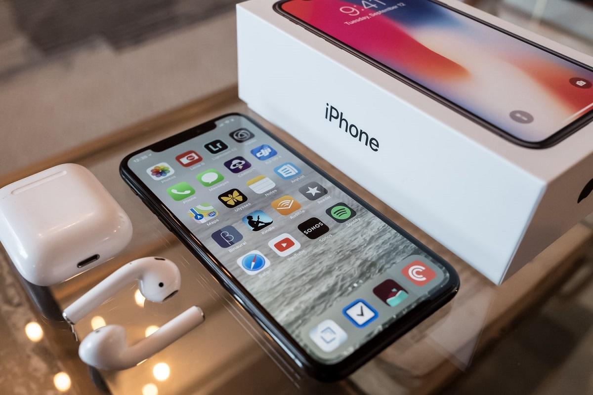 """Более 100 тысяч украденных устройств Apple ушли впродажу """"как новенькие..."""