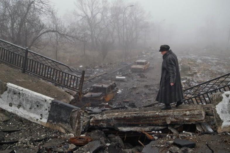 Ремонт разрушенных дорог Донбасса будет стоить 7 миллиардов гривен
