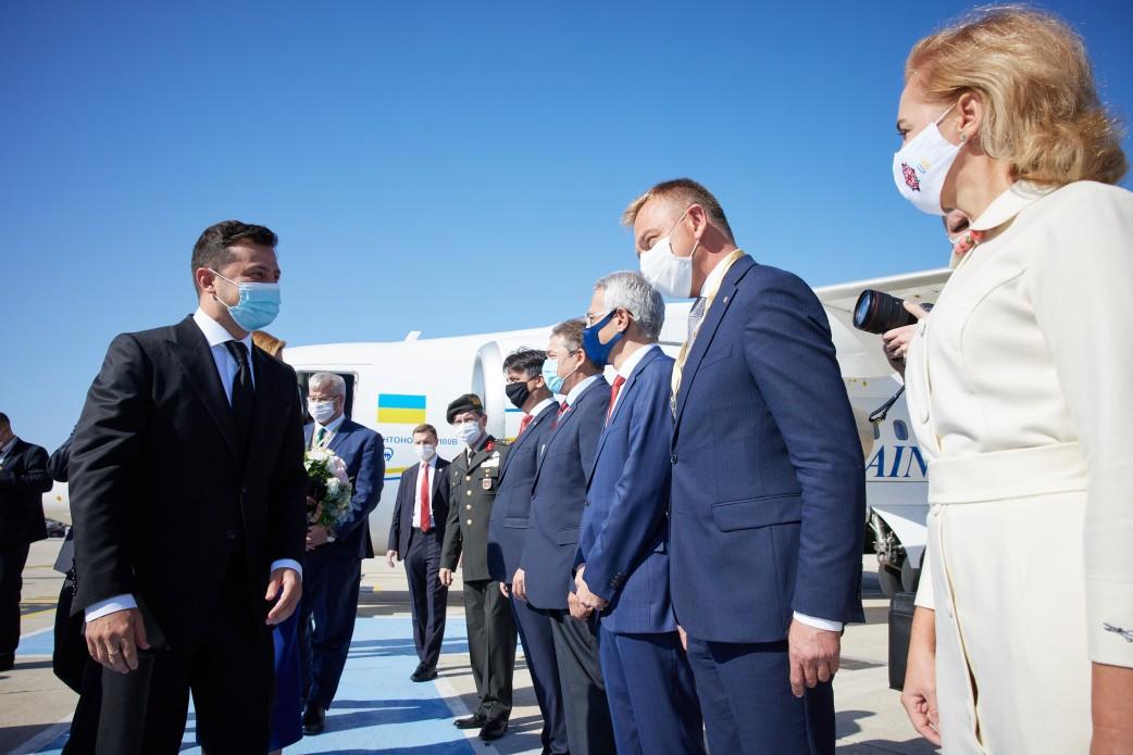 Зеленский надеется на серьезную роль Турции в возвращении Крыма
