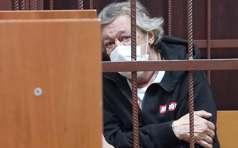 Ефремов письменно признал вину в ДТП, - опубликован документ