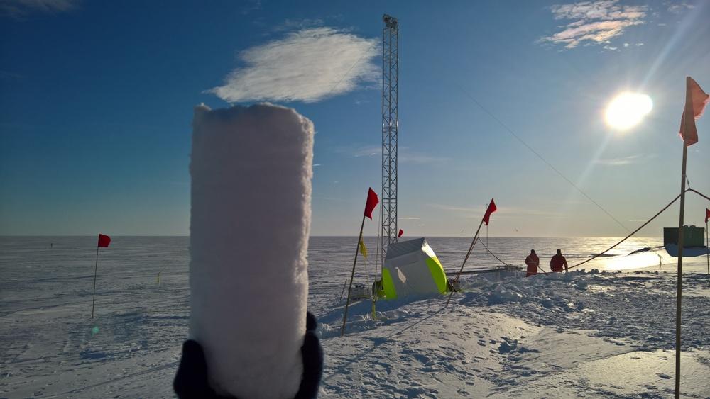 Кусок льда возрастом  1,5 миллиона лет позволит изучить климат древней З...