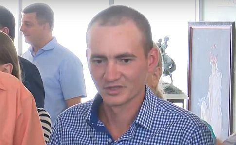 К освобожденному из плена украинцу Великому ночью пришла СБУ