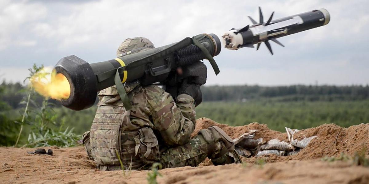 Помочь союзнику. Почему США нужно вооружить Украину