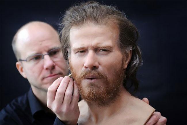 Лица прошлого: шведский скульптор реконструирует облик людей, живших сот...