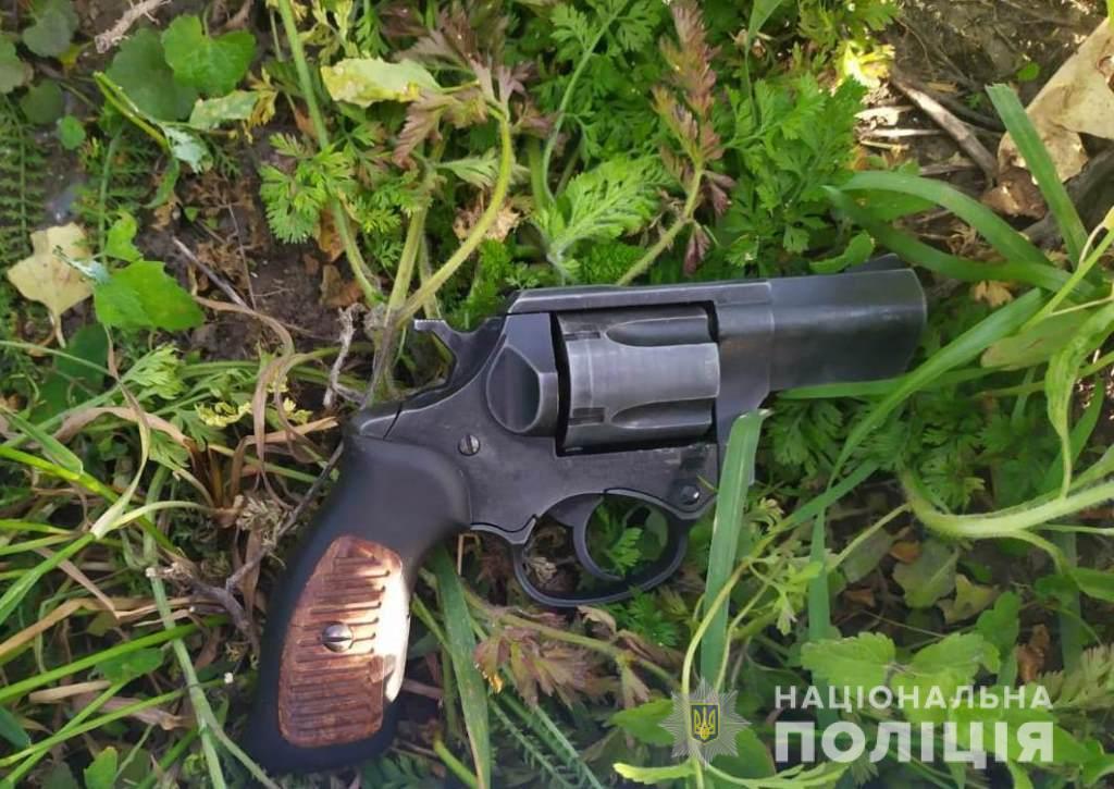 В Княжичах подстрелили депутата райсовета из-за поведения детей