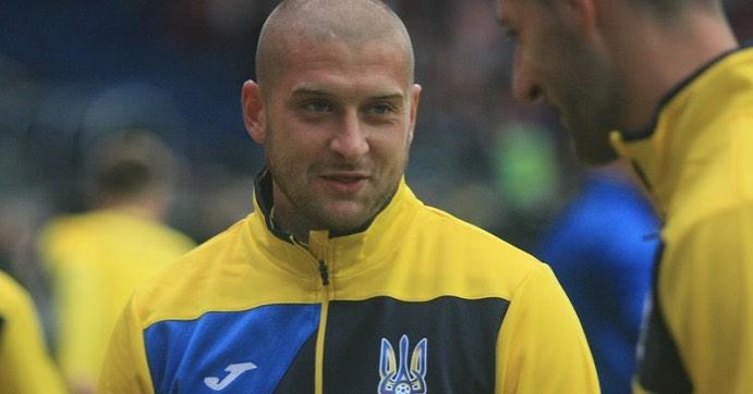 Ракицкий поздравил сборную Украины с выходом на Евро-2020 и официально п...