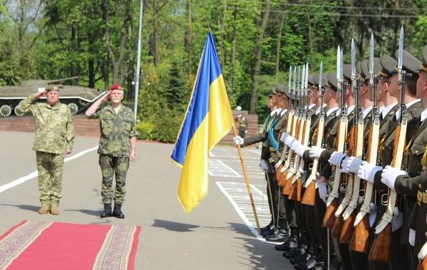 Комитет НАТО готов предоставить Украине оружие