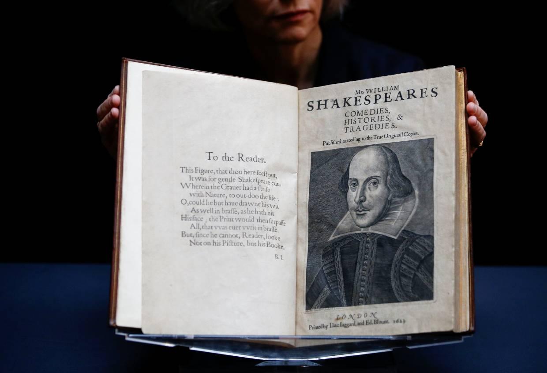 Редкое издание пьес Шекспира продали за рекордные 10 миллионов долларов