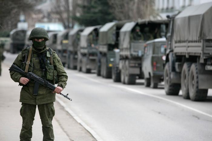 В Минобороны подсчитали количество российских танков и солдат в Крыму