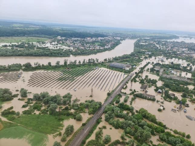 """Потоп на Западной Украине: Венгрия направит инженерный батальон """"Тиса"""""""