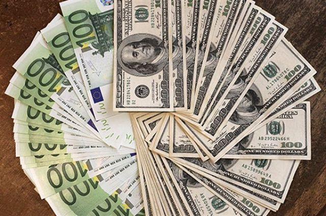 В Украине отменена  обязательная продажа валюты бизнесом