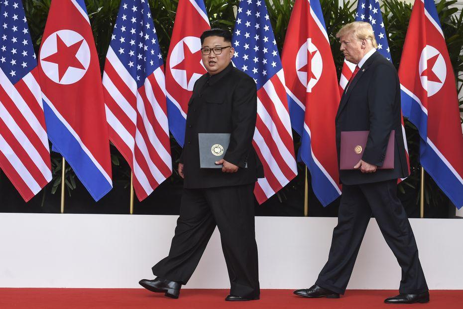 "Северная Корея назвала США ""враждебными"", но от саммита с Трампом не отк..."