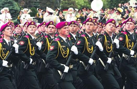 В президентском полку офицеры бьют солдат, - СМИ