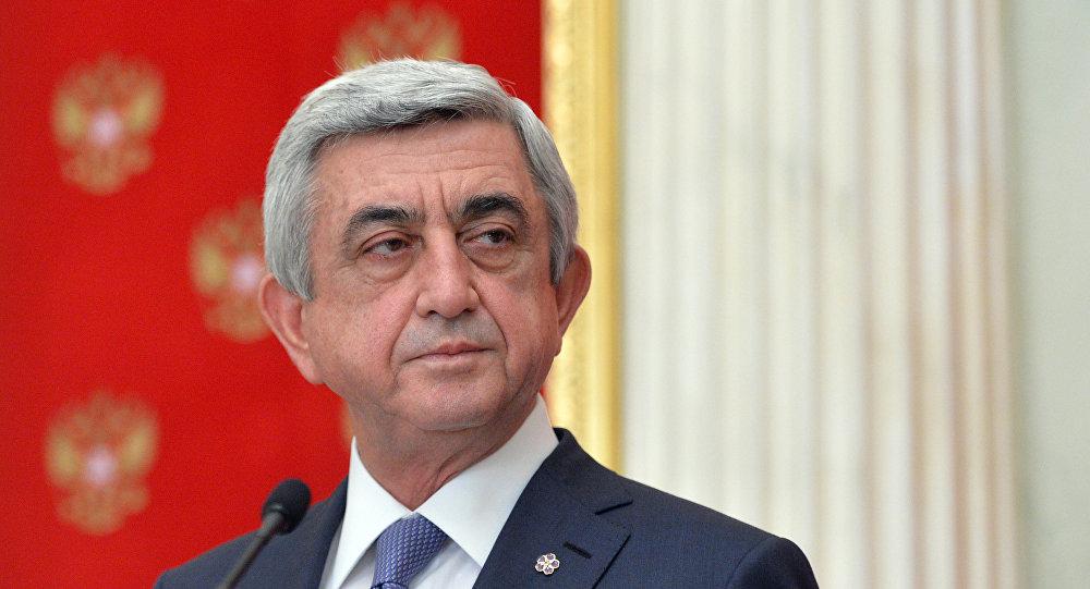 В Армении Саргсяна избрали премьером, несмотря на протесты