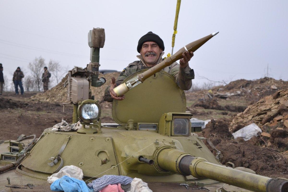 Оружие членов территориальной обороны должно храниться дома, – генерал К...