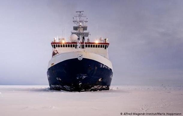 В Арктику отправилась крупнейшая в истории экспедиция