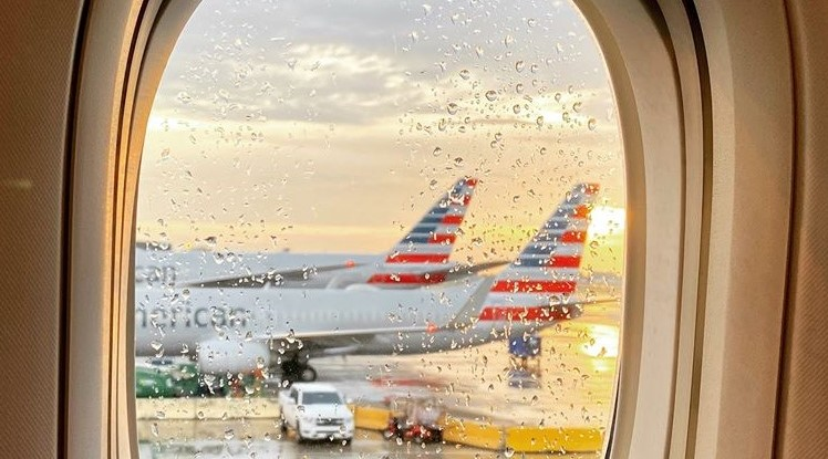 American Airlines ради антикризисного кредита заложила собственный бренд...