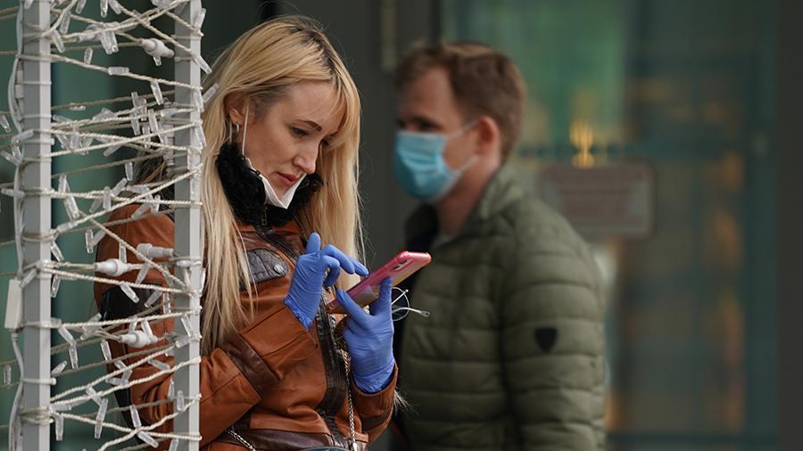 Кабмин хочет ввести штрафы за маски на подбородках: сколько придется пла...